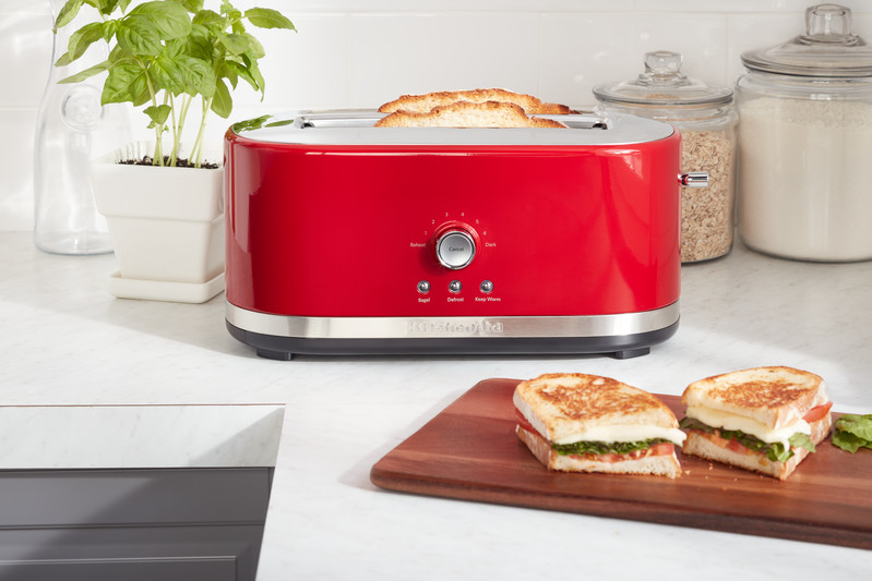 Red toaster long slot 4 slice