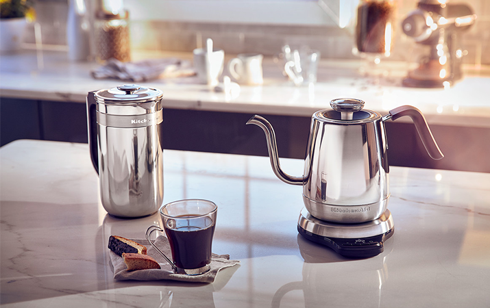 French press precision - Artisan and kettle with digital precision - Artisan