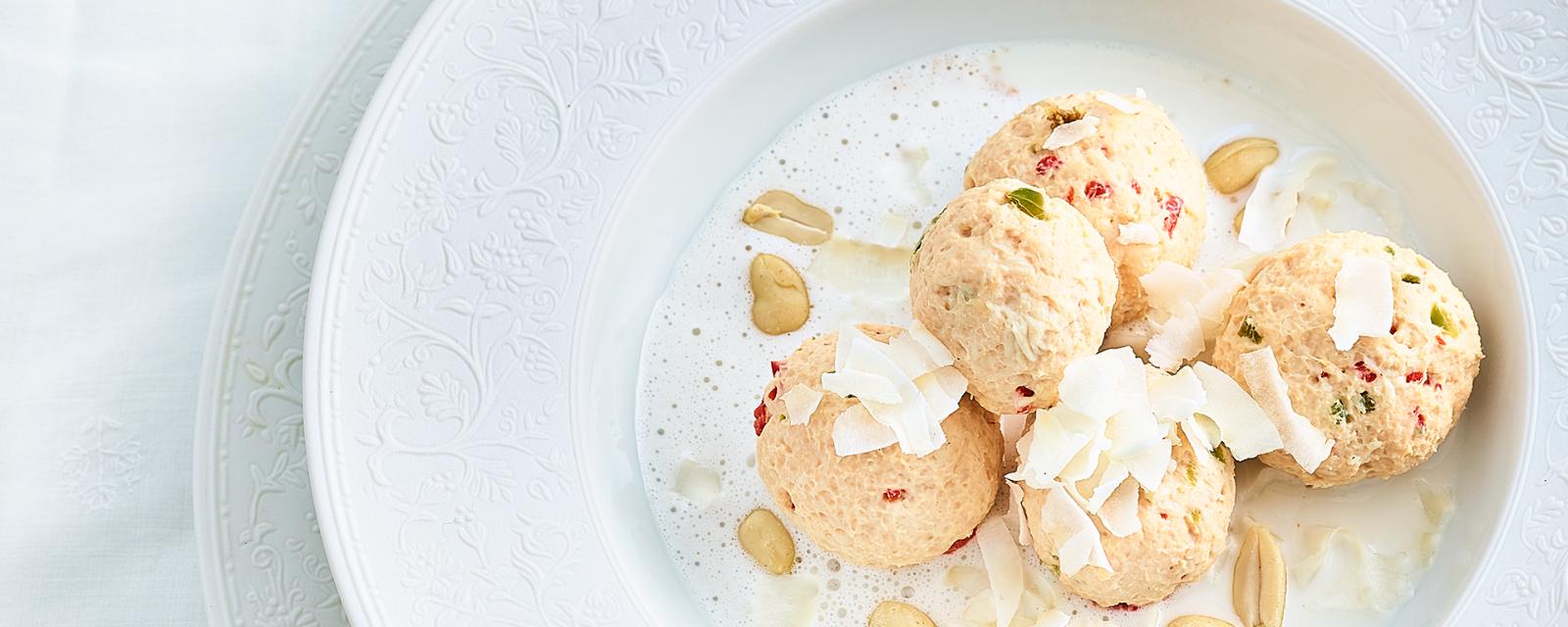 Vanilla ice cream with peanuts and coconut