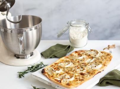 Cream mixer and homemade pizza
