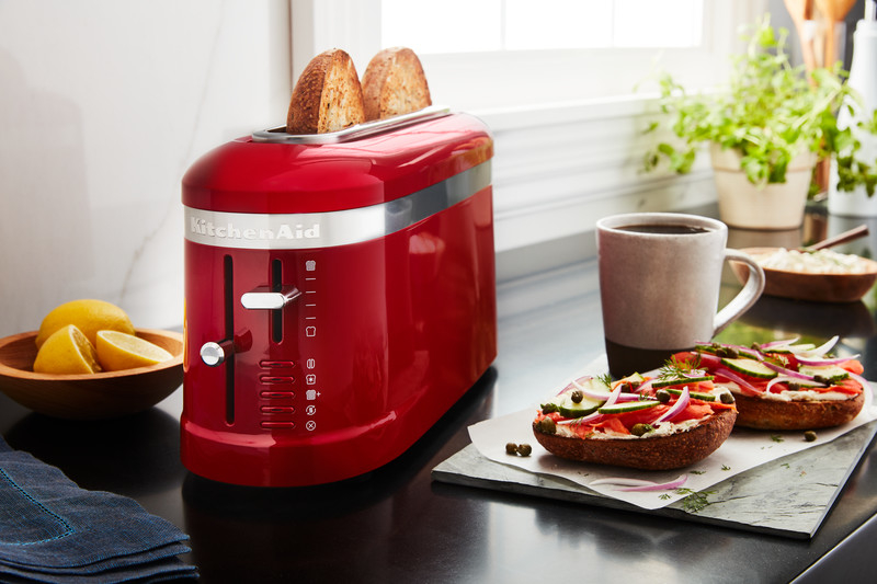 Red toaster long slot 2 slice - Design with toasts