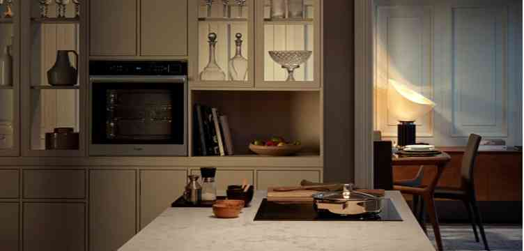 Sprzęt kuchenny piekarnik, kuchenka mikrofalowa, piekarnik parowy i ekspres do kawy