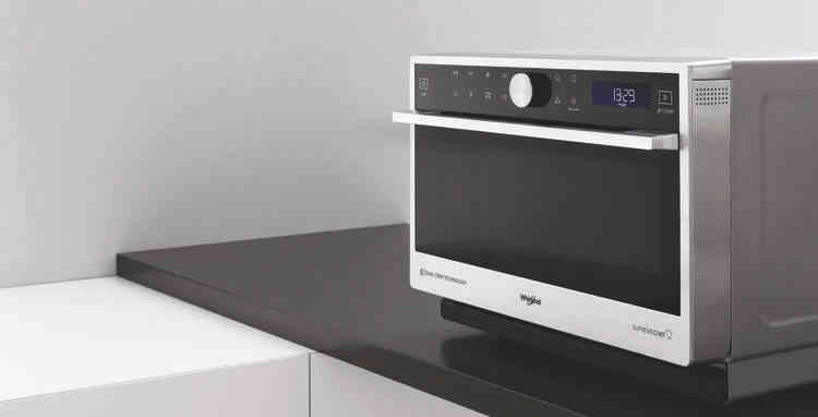 Micro-ondes Whirlpool :  une cuisson parfaite, rapide et homogène pour vos plats.