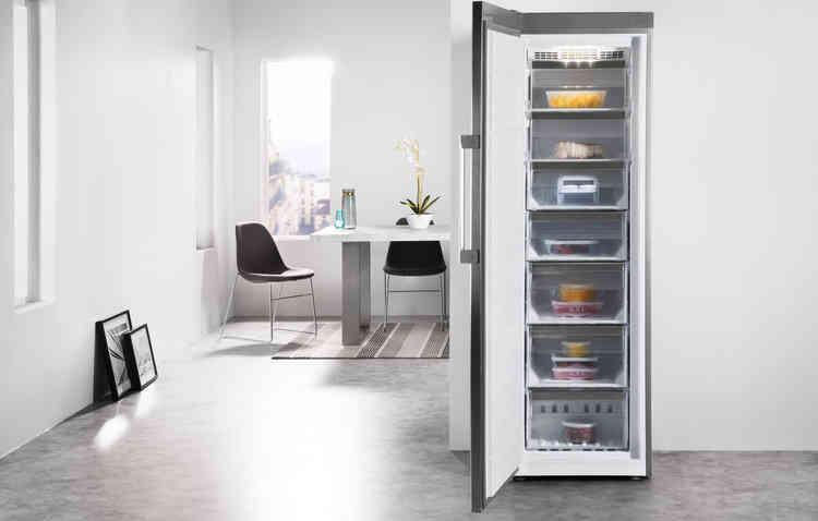 Congelatoare și lăzi frigorifice Whirlpool